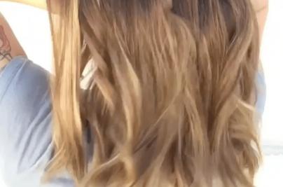 Blonde, wavy hair